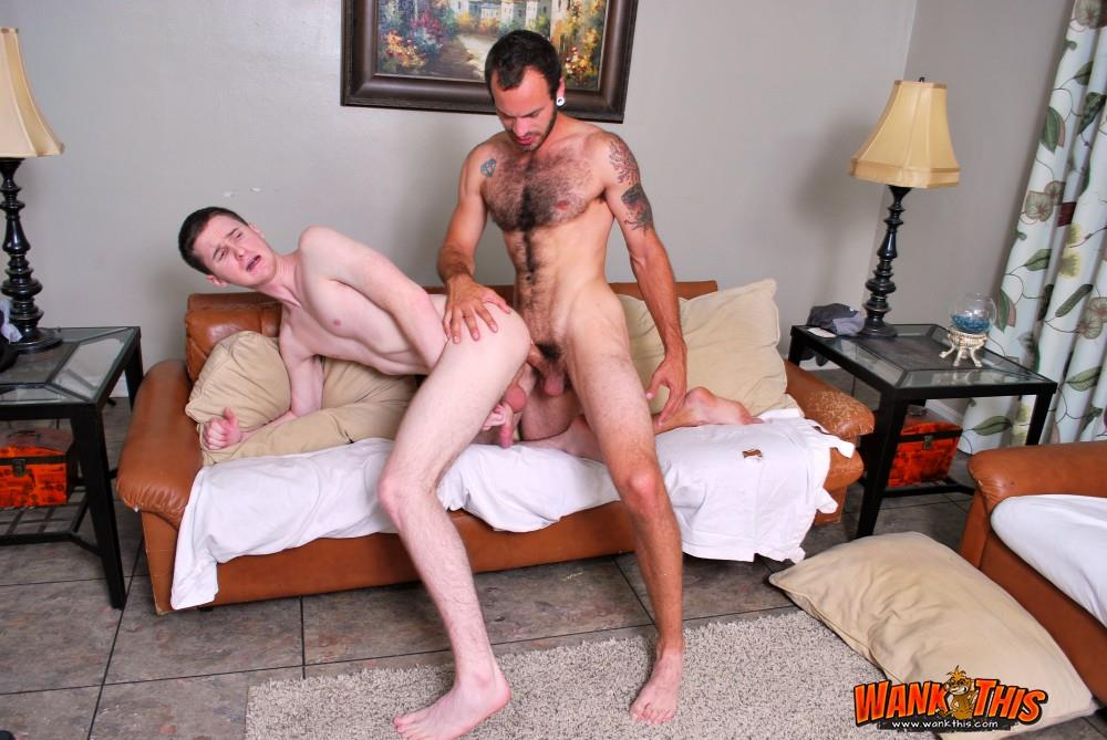 Wank-This-Maxx-Fitch-and-Josh-Pierce-Huge-White-Cock-Barebacking-A-Tight-White-Ass-Amateur-Gay-Porn-16 Hairy Maxx Fitch Bareback Fucking A Tight White Ass With His Huge Cock