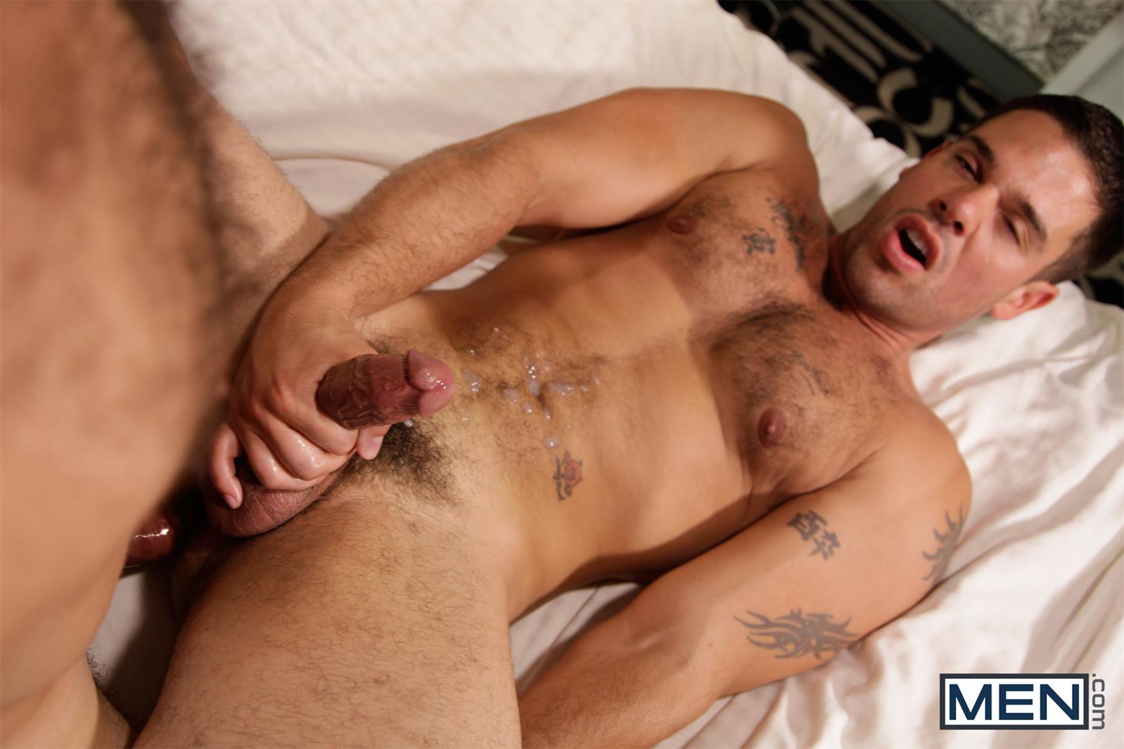 Men-Derek-Atlas-and-Jimmy-Fanz-Hairy-Muscle-Hunks-Big-Cocks-Fucking-Amateur-Gay-Porn-18 Hairy Muscle Hunk Derek Atlas Bottoms For Big Cock Jimmy Fanz