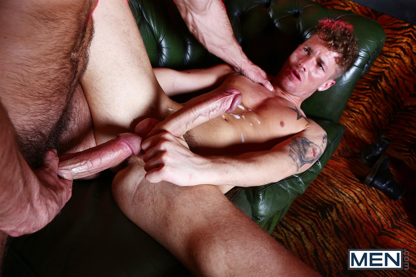 Men-Paddy-OBrian-and-McKenise-Cross-Muscle-Hunks-With-Horse-Cocks-Fucking-Amateur-Gay-Porn-20 Paddy O'Brian Fucking McKensie Cross With His Big Thick Cock