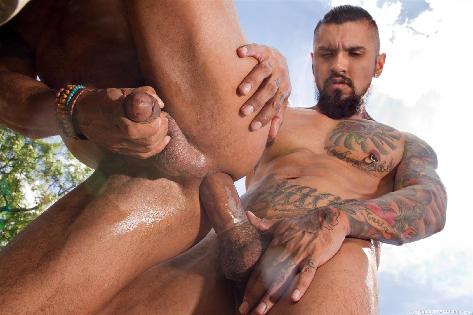 Raging Stallion Boomer Banks and David Benjamin Big Uncut Cock Fucking Amateur Gay Porn 12 Boomer Banks Fucking In The Back Of A Pickup With His Big Uncut Cock