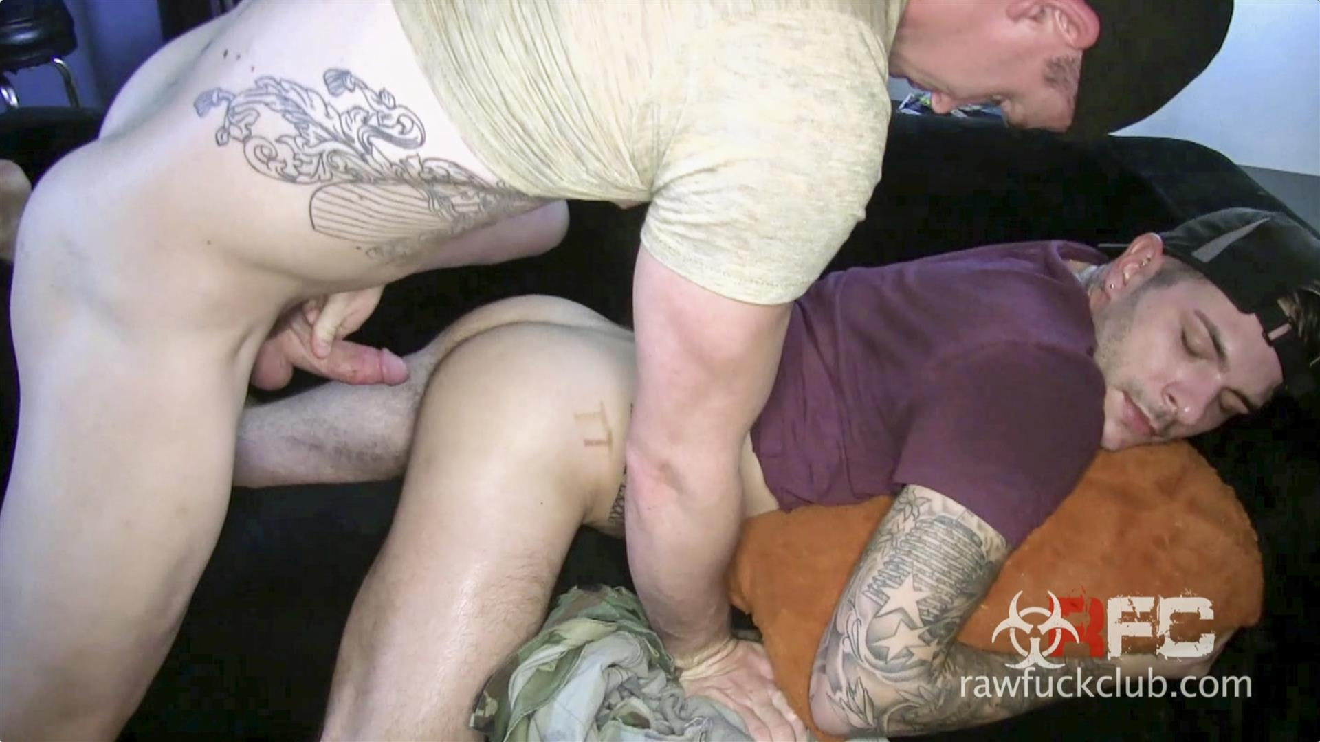 Raw-Fuck-Club-Alessio-Ribiero-Hairy-Ass-Bareback-Fuck-Amateur-Gay-Porn-03 Picking Up A Drunk Trick At The Club And Fucking Him Raw